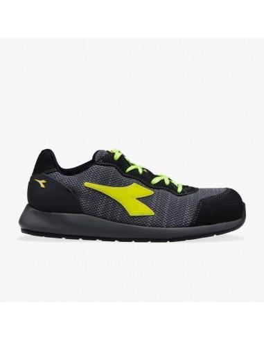 Zapato Diadora D-Strike Weave  GRIS...